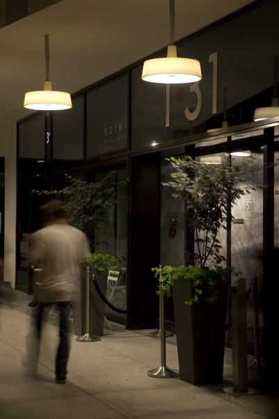 DE-HOTEL-i31-1-401x602