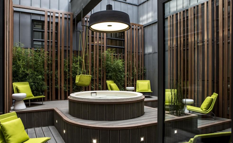 Soho-at-hotel-Le-5-Codet-982x602